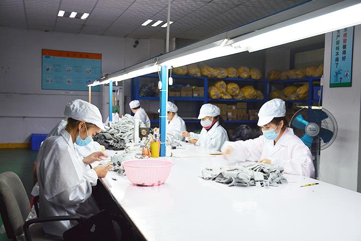 东莞硅胶制品厂哪个好