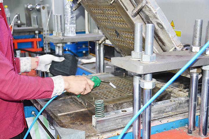 东莞硅胶制品厂总结的硅胶制品六大工艺