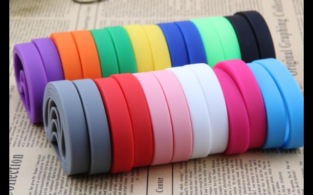 硅胶制品怎样上色_硅胶制品上色的方法_硅胶制品上色的流程