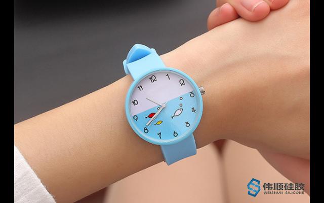 硅胶手表带如何保养_硅胶手表带如何清洗