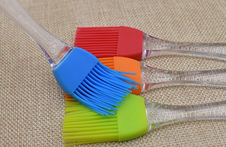 硅胶制品厂是如何生产硅胶刷子的,硅胶刷子的作用是什么