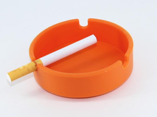 硅胶烟灰缸定制-东莞硅胶烟灰缸定制厂家哪家好