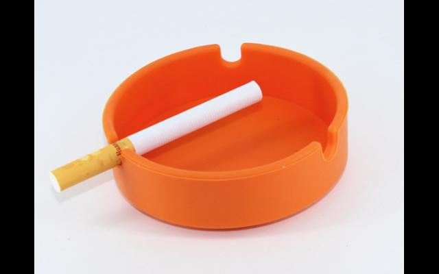 新彩烟灰缸定制-东莞新彩烟灰缸定制厂家哪家好