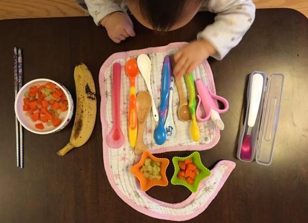 怎样挑选婴儿卡通硅胶勺子