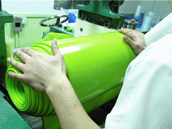 奶嘴的硅胶材料和普通的硅胶材料有什么不一样