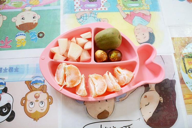 小鱼硅胶餐盘高清图