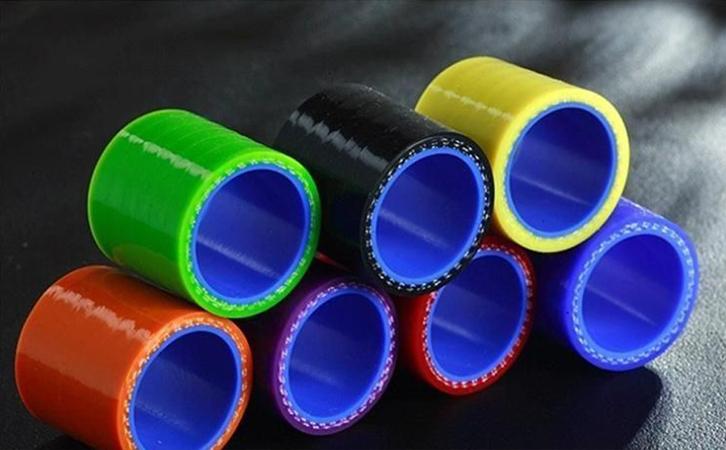 硅胶和硅橡胶的区别是什么--汽车用硅胶管件